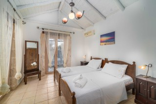 villa amit arriva cozy bedroom