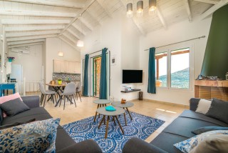 villa emma arriva lounge room