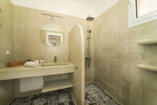 villa emma arriva shower