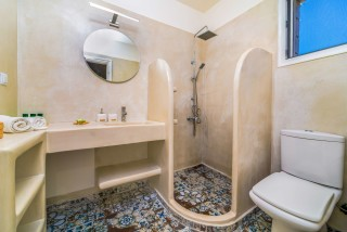 villa emma arriva the shower