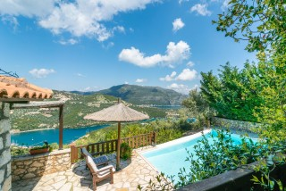 villa mia arriva pool view